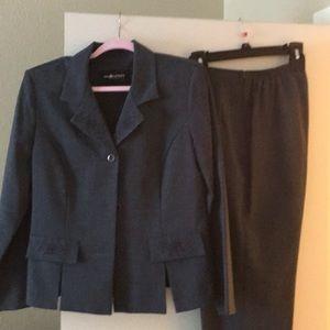 Women's business suit